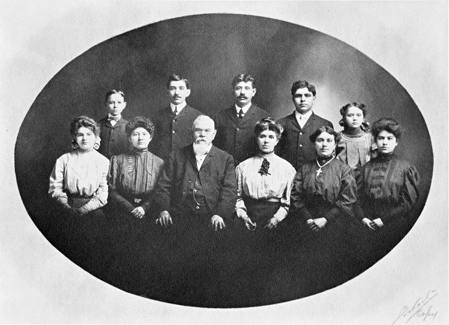 Family of Amand and Lena Strauel Schnebelin